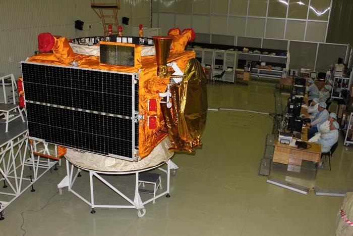 Express-MD-2 ve výrobní hale při komplexním testování
