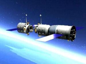 Kosmická stanice Tiangong-1 s připojující se lodí Šen-čou