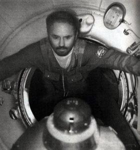 Unavený Dobrovolskij ke konci mise