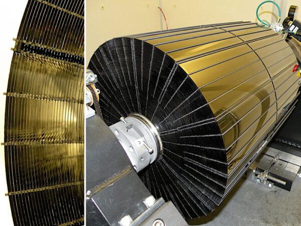 Detailní pohled na optické srdce Observatoře NuStar. No nemá takový technický výtvor i svou estetickou hodnotu?