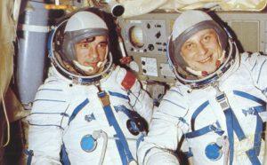 Posádka Sojuzu-23: Vjačeslav Zudov (vlevo) a Valerij Rožděstvenskij