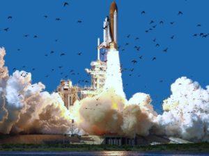 Challenger při misi STS 51-L míjí vrchol obslužné věže- do katastrofy zbývá něco přes minutu