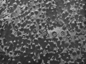Geologická záhada. Vznik týchto guličiek nazvaných čučoriedky sa dodnes poriadne nevysvetlil.