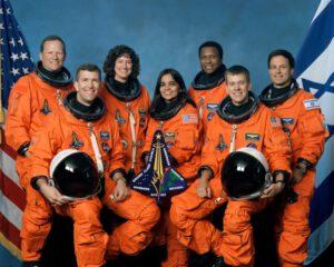 Posádka mise STS-107: (zleva) Brown, Husband, Clark, Chawla, Anderson, McCool, Ramon
