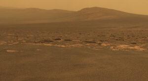 Západný okraj kráteru Endavour.