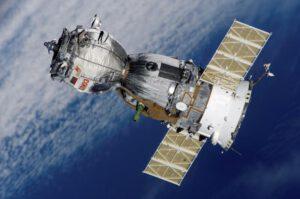 Kosmická loď Sojuz TMA-7. Takhle raketoplán opravdu nevypadá.