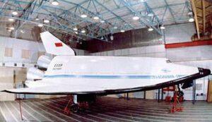 Družicový stupeň raketoplánu MAKS