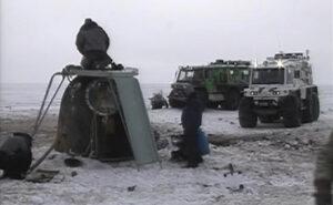 Kabina lodě Sojuz krátce po přistání