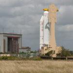 Ariane-5 čekající na usazení ATV-4 na svou špici zdroj:esa.int