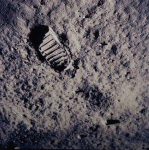 Zmysel kozmonautiky (?)