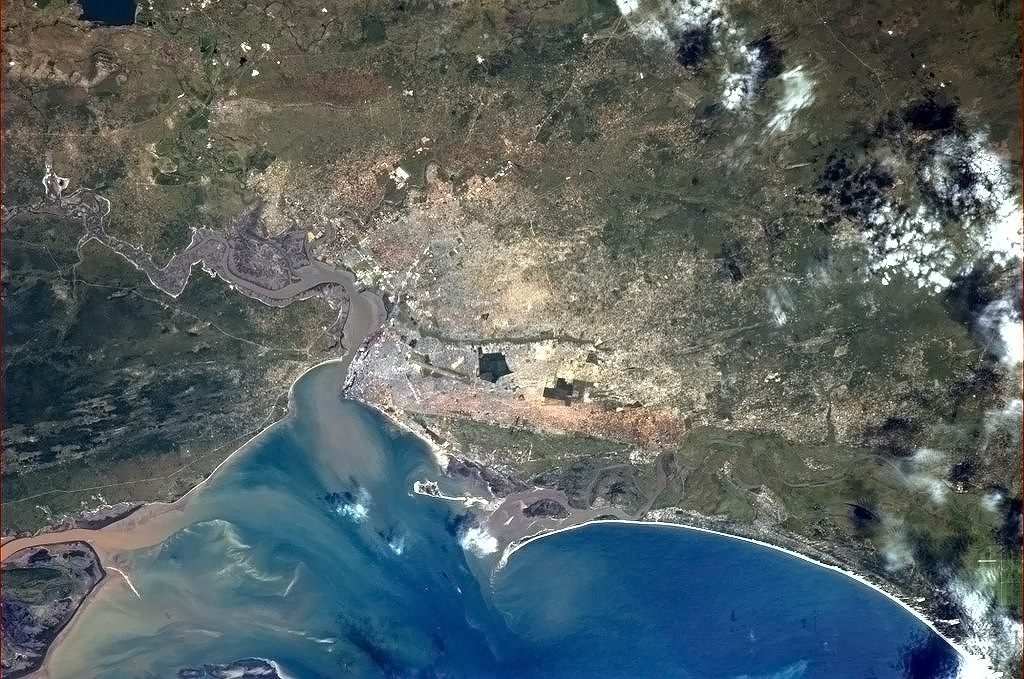 Maputo - hlavní město Mozambiku ležící u Indického oceánu