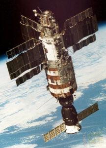 Stanice Saljut znamenala pro Sovětský svaz velký náskok před USA v oblasti dlouhodobého pobytu na oběžné dráze.