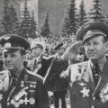 Mladí hrdinové- Gagarin a Leonov