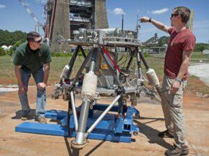 Venkovní testy landeru zdroj: nasa.gov