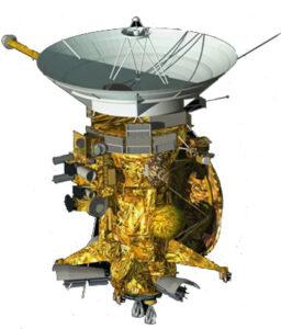 Sonda Cassini. Huygens je z tohoto pohledu připojen v pravé zadní části.