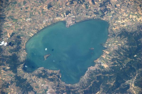 Šperk v srdci Itálie - tak alespoň nazval Luca Parmitano jezero Trasimeno