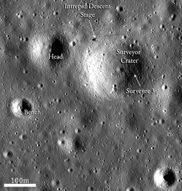 Místo přistání Apolla 12 zdroj:nasa.gov