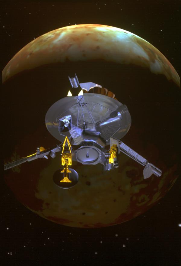 Sonda Galileo nad mesiacom Io.