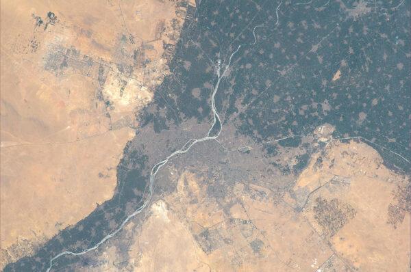 Hlavní město Egypta - Káhira s nepřehlédnutelným Nilem