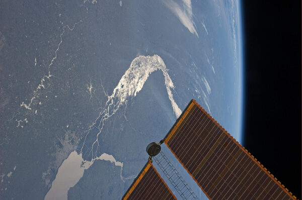 Jezero Buenos Aires na hranicích Argentiny a Chile