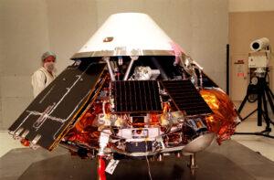Testovanie Mars Polar Landeru Zdroj: http://upload.wikimedia.org/