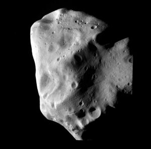 Planetka Lutetia během maximálního přiblížení.