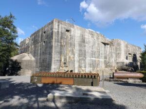 Impozantní bunkr u města Watten