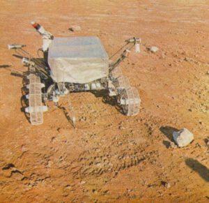 Pozemní testy osmikolového podvozku Lunochodu.