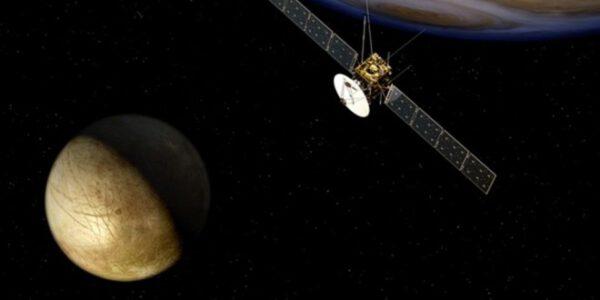 Evropská sonda JUICE měla ruskému projektu hodně pomáhat.