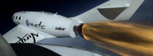 Zažehnutý motor u SpaceShipTwo