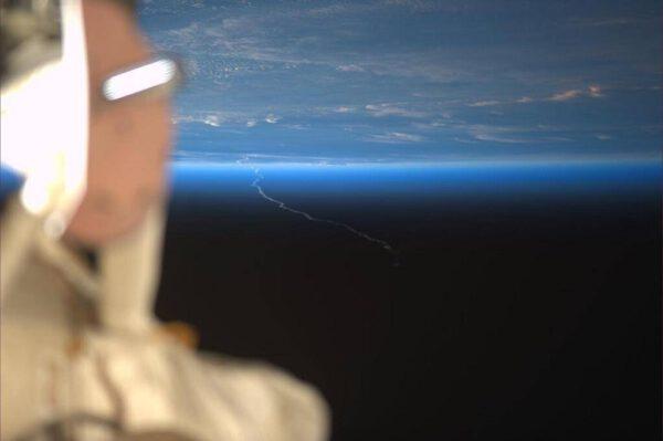Start Ariane 5 tak, jak jej zaznamenali astronauti na ISS