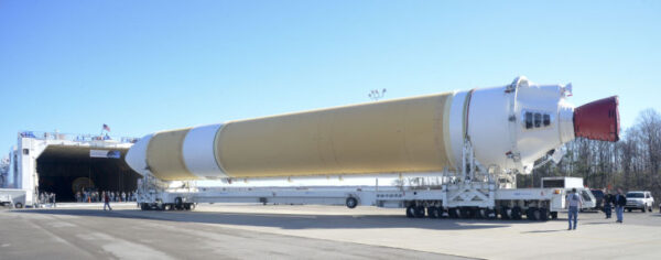 Urychlovací stupeň pro Delta IV Heavy