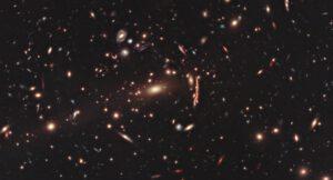 Je až zarážející, že jedny z největších útvarů našeho vesmíru – galaktické kupy mají svůj prapůvod ve kvantových fliktuacích