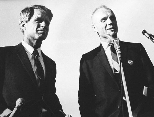 John Glenn a Robert F. Kennedy