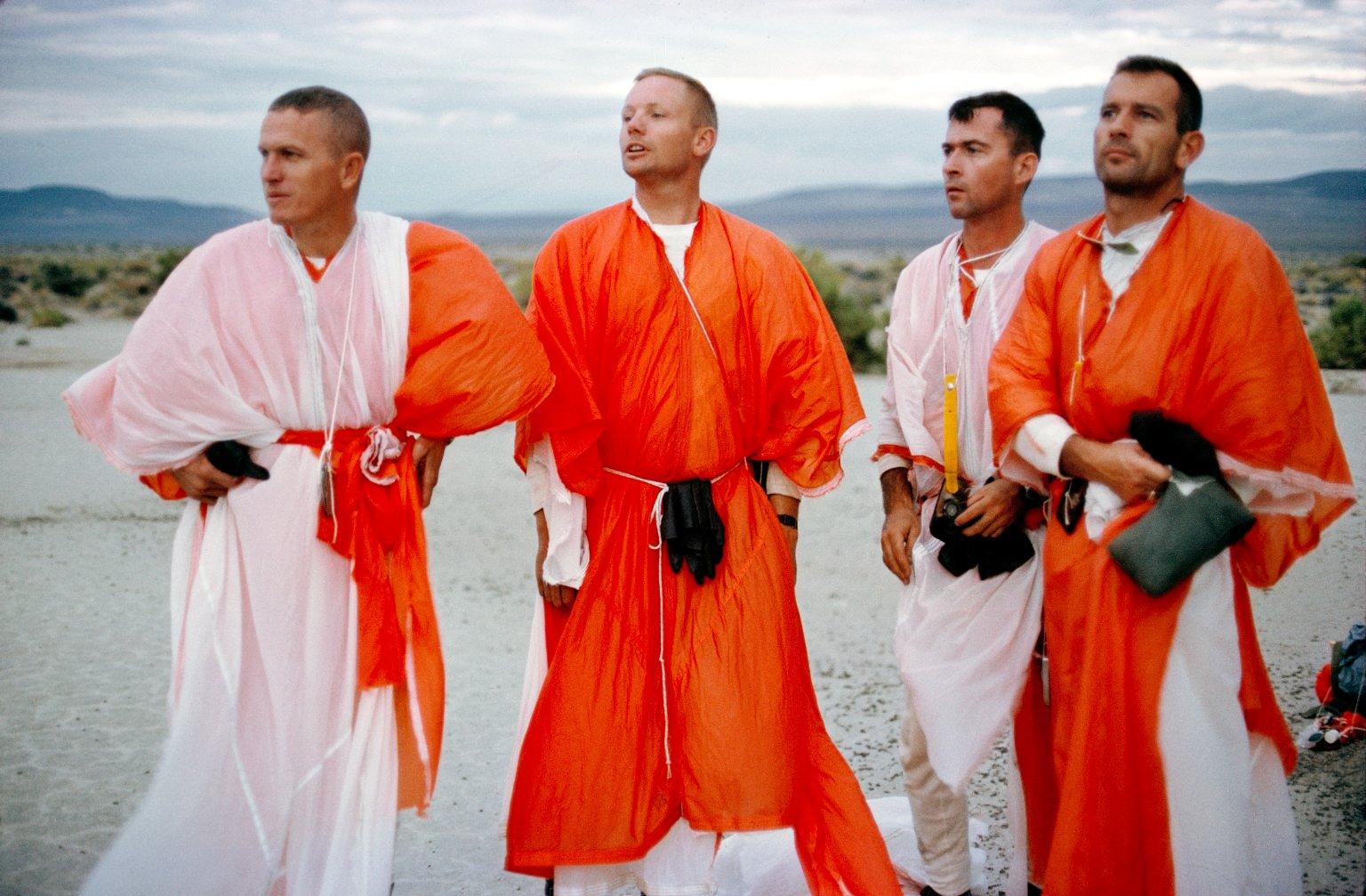Výcvik přežití v poušti (Borman, Armstrong, Young, Slayton)