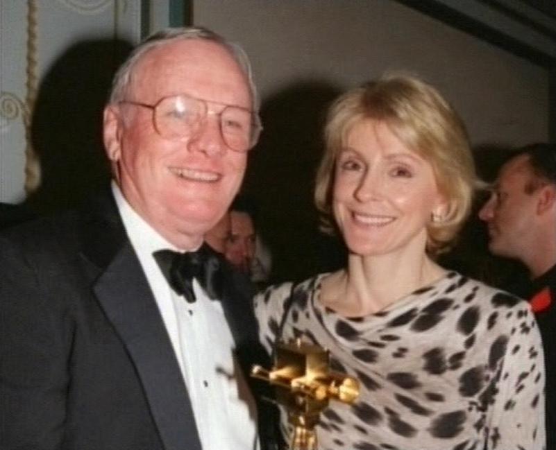 Neil se svou druhou ženou Carol