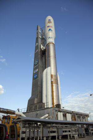 Raketa Atlas V konfigurace 541