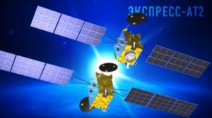 Vynášené satelity Ekspress AT-1 (dole)  a Ekspress AT-2 (nahoře)