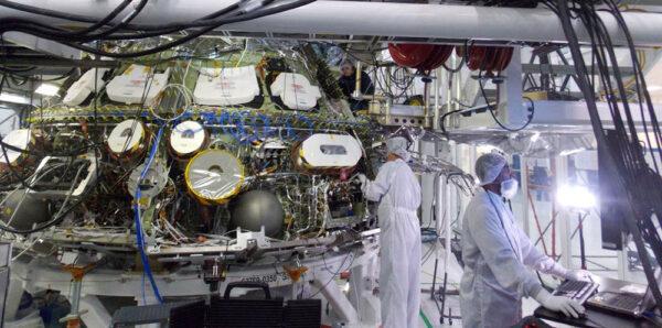 Stav lodi Orion na začátku dubna 2014.