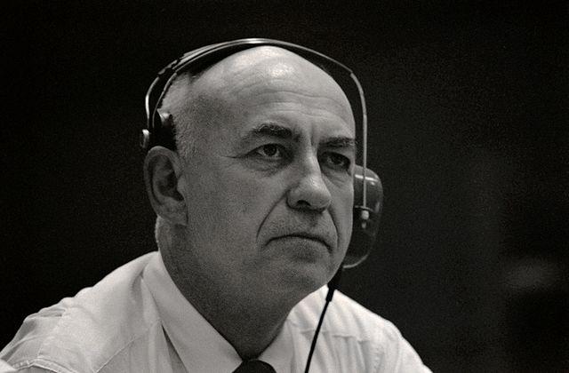 Robert Gilruth- muž ve stínu