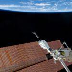 První dva cubesaty Dove mise Flock-1 vypuštěné z ISS zdroj: Koichi Wakata