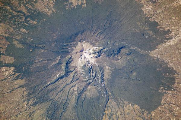 La Malinche (též Matlalcueitl ) - neaktivní vulkán z Mexika