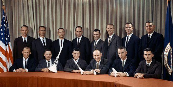 Nových čtrnáct kandidátů na astronauty