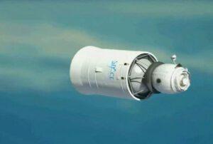 Poslední, translunární stupeň rakety Proton s připojeným obytným modulem čeká na oběžné dráze na přílet svých pasažerů