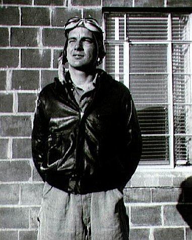 Slayton coby pilot AAC během války