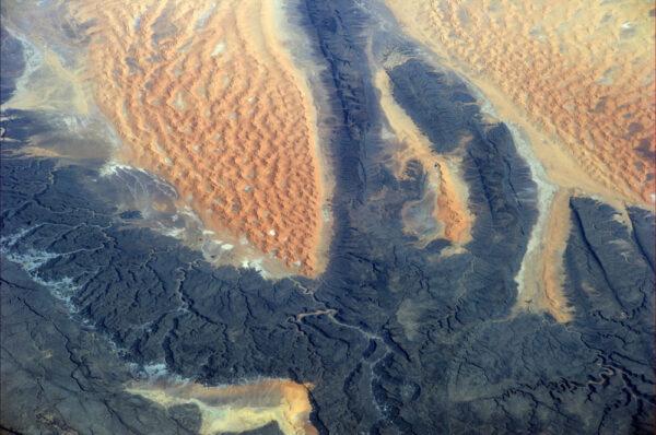 Na Sahaře není jen písek
