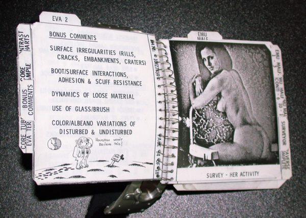 """Příklad """"hodnotné"""" literatury, vyhledávané astronauty."""