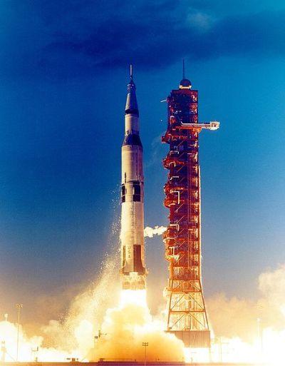 Premiéra Saturnu-V