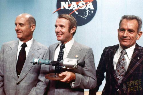 Stafford, Brand a Slayton- americká posádka letu ASTP/EPAS