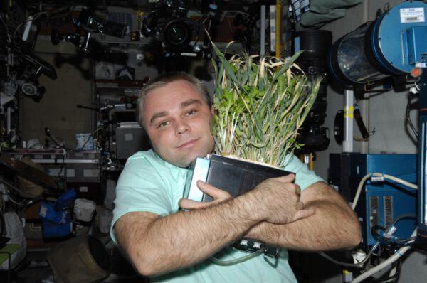 Rostliny si s kosmonauty skvěle rozumí...